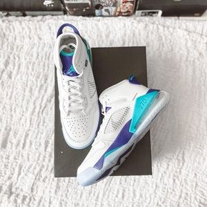 Jordan Mars 270 White/Grape Size 11